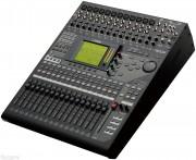 Yamaha O1V96i Digital Mixing Console